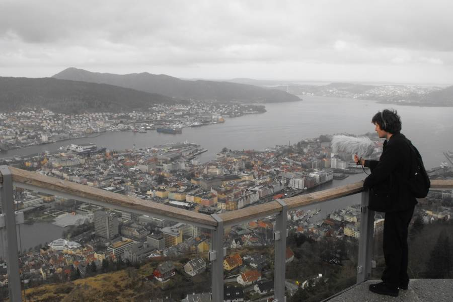 Ross Whyte recording the urban soundscape of Bergen